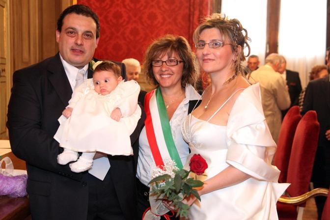 Matrimonio Simbolico Chi Lo Celebra : Cevenini assente i matrimoni a tamara corrieredibologna