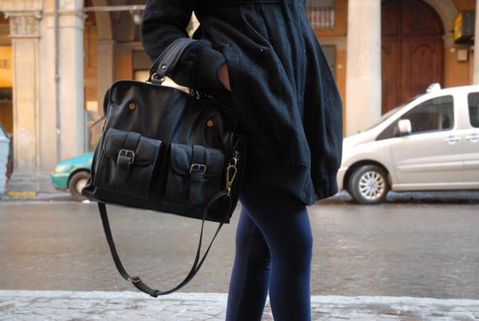 Nome: Claudia Caporaletti Lavoro: studentessa Capo d'abbigliamento del cuore: borse