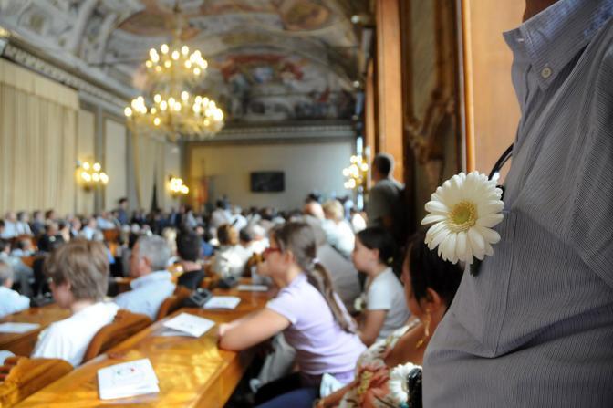 Il ricordo istituzionale nella sala del Consiglio comunale