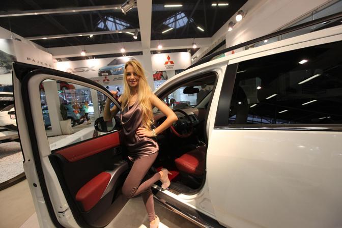 0Donne e motori al Motor Show