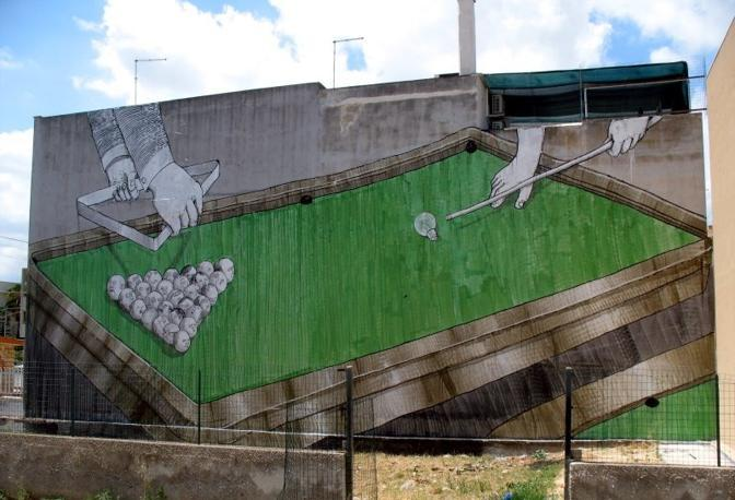 Il graffito del 2008 disegnato a Grottaglie in provincia di Taranto