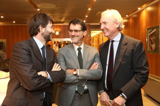 Il ministro con il sindaco Merola e Lorenzo Sassoli de Bianchi