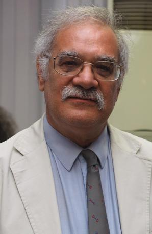 Nato ad Anconna, 63 anni, ex ferroviere ora in pensione. Laureto in Scienze politiche, ex sindacalista, ora candidato con il Partito comunista dei lavoratori