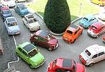 Invasione d'epoca - Raduno di 500 storiche (e coloratissime) , questa mattina, a San Luca.
