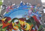 Street art a scuola  -  La street art arriva a scuola. «TheJamBO», il festival dedicato al freestyle in Fiera dal 6, colora una parete grigia della scuola media Besta. Il disegno,  cominciato lo corso 29 maggio dai writers Dado e Mambo, è grande 10 metri per 10.  Il progetto di arte sociale è stato promosso da BolognaFiere assieme al Quartiere San Donato e all'Istituto Comprensivo 10.