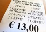 Un «first» al ristorante -  C'è da sperare che i gestori di questo ristorante del centro volessero in qualche modo citare Elio e le Storie Tese e la loro presa in giro dell'inglese maccheronico in «First you, second me» (1996). Ma l'ipotesi più probabile è — ahinoi — un micidiale utilizzo last minute del traduttore di Google, almeno per quanto riguarda il primo che diventa «first» e il secondo tramutato in «second». Su «coffeé» con l'accento, invece, il mistero è fitto. Dopo gli shops che erano «opened» nonostante i cantieri di Strada Maggiore, un altro gustoso biglietto da visita per la Città del cibo che punta ai turisti stranieri. Con l'auspicio che conoscano Elio.