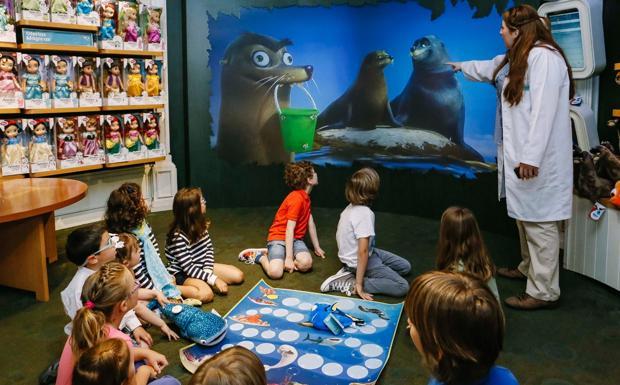 Aspettando Dory - In attesa dell'arrivo al cinema del film Disney e Pixar «Alla ricerca di Dory» il 15 settembre, il Disney store di Bologna (via Indipendenza) organizza attività gratuite per i bambini. Appuntamento ogni martedì e venerdì alle 17.00 e il sabato mattina alle 11