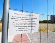 Il crac cooperativo «uccide» il parco In via Fava sbandati, erbacce e rifiuti