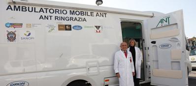 Cancro, convegno dei fan di Hamer in città L'Ant: «Non esistono terapie miracolose»