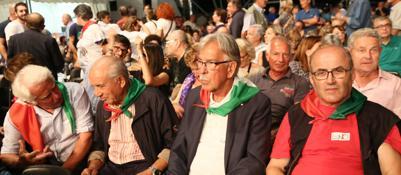 Festa dell'Unità blindata per il dibattito In tremila al match tra Renzi e l'Anpi