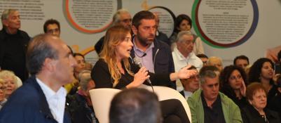 Contestata la ministra Boschi alla Festa dell'Unità