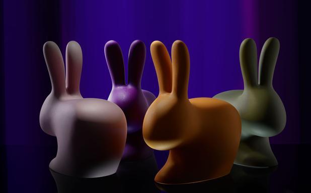 Design solidale - Torna «Do ut do», l'iniziativa benefica che coinvolge architetti, designer, artisti per raccogliere contributi a favore della Fondazione Hospice Seragnoli. Dopo Yoko Ono e i Masbedo, quest'anno il padrino è il premio Nobel Dario Fo. La casa di Alessandro Mendini sarà visitabile con un tour virtuale 3D al Mambo da domani al 23 ottobre (oggi l'inaugurazione). Dal 16 ottobre al 13 novembre in Pinacoteca si potranno vedere le opere che saranno estratte a sorte tra i donatori il 16 dicembre al Mast di Bologna, con un lungo elenco di nomi che va da Bertozzi & Casoni a Tobias Zielony. L'esposizione è già stata alle Reggia di Caserta, al Madre di Napoli, al Maxxi di Roma, e si sposterà successivamente al Mart di Rovereto. Il tour virtuale si può già intraprendere online, collegandosi al sito www.doutdo.it. (Massimo Marino)