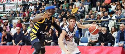 La Virtus sbanca Imola: 85-67 Disastro Fortitudo: Verona vince 78-65