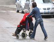 Anziana chiede assistenza al Quartiere Otto mesi per avere il primo colloquio