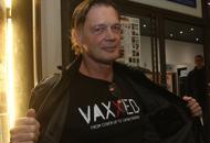 A Bologna il film degli anti-vaccini Ma il cinema resta semivuoto