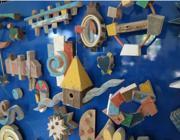 Il legno dei barconi dei migranti diventa un'opera d'arte