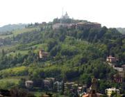 Furti su colli a San Luca Prese di mira le ville