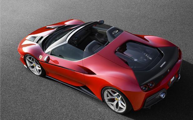 Ferrari, ecco la nuova J50 - È stata presentata in Giappone tre giorni fa la nuova fuori serie di Casa Maranello, la Ferrari J50, roadster con motore posteriore-centrale.