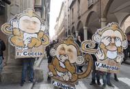 Tornelli, la protesta delle scimmie Il rettore: «Devo garantire sicurezza»