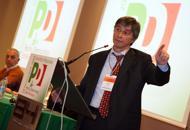 Vasco Errani annuncia l'addio al Pd«Detesto la deriva di questo partito»